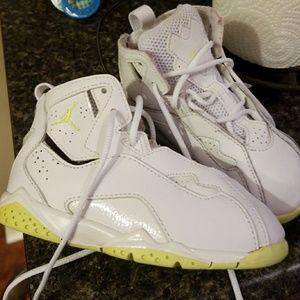 Jordans size 9c